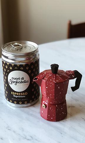 caffè napoletano cuori di sfogliatella